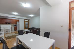 Skopje Apartments Deluxe, Ferienwohnungen  Skopje - big - 70