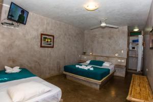 Casa de Playa Bungalows & Restaurant, Hotels  Máncora - big - 108