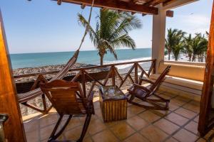 Casa de Playa Bungalows & Restaurant, Hotels  Máncora - big - 24