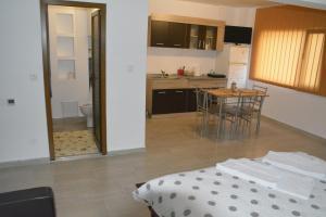 Casa BUCUR, Апартаменты  Тыргу-Окна - big - 3