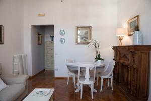 Via Roma 7, Ferienwohnungen  Salerno - big - 24