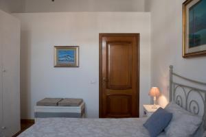 Via Roma 7, Ferienwohnungen  Salerno - big - 6