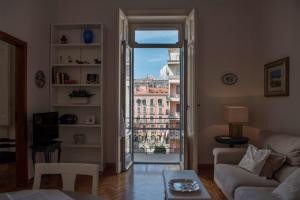 Via Roma 7, Ferienwohnungen  Salerno - big - 2