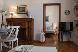 Via Roma 7, Ferienwohnungen  Salerno - big - 17