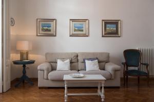Via Roma 7, Apartmány  Salerno - big - 11