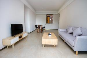 Baorui Railway Boutique Apartment, Ferienwohnungen  Sanya - big - 38