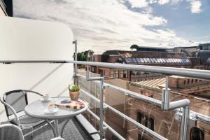 Pokój typu Superior z balkonem i widokiem na miasto
