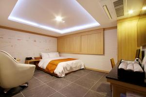 Suwon Orsay Business Hotel, Hotely  Suwon - big - 40