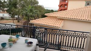 Bicos Beach Apartments AL by Albufeira Rental, Apartmanok  Albufeira - big - 97