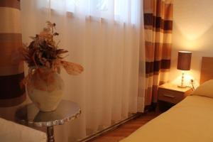 Villa Bougenvilia Tomas, Апартаменты  Тучепи - big - 141