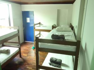 Bed in 7-Bed Mixed Dormitory Room with Air Conditioning