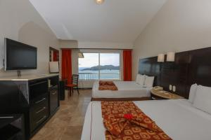 Deluxe Room with Ocean View (2 Adults)