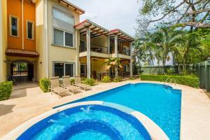 Villa Jazmin 102 Condo, Playa Flamingo