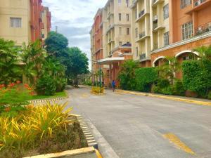 Chateau Elysee Ritz, Apartmanok  Manila - big - 24