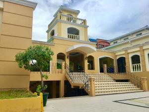 Chateau Elysee Ritz, Apartmanok  Manila - big - 27