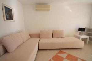 One-Bedroom Apartment in Crikvenica XII, Апартаменты  Цриквеница - big - 11