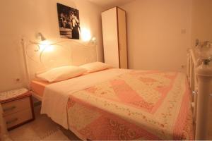One-Bedroom Apartment in Crikvenica XII, Апартаменты  Цриквеница - big - 5