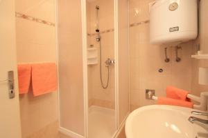 One-Bedroom Apartment in Crikvenica XII, Апартаменты  Цриквеница - big - 8