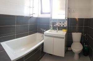 Apartament Diana Mamaia Nord, Apartments  Mamaia Nord – Năvodari - big - 4