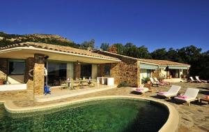 Villa Seteais, Vily  La Garde-Freinet - big - 7
