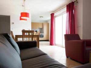 Résidence La Pinède, Appartamenti  Le Barcarès - big - 5