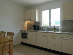 Résidence La Pinède, Appartamenti  Le Barcarès - big - 6
