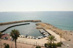Le Grand Large Caravelle 3, Appartamenti  Cagnes-sur-Mer - big - 19