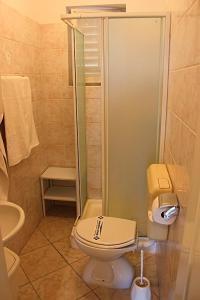 Apartment in Porec with 2, Апартаменты  Пореч - big - 5