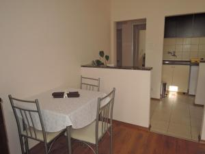 One-Bedroom Apartment in Rijeka I, Ferienwohnungen  Turan - big - 9