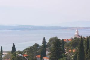 Apartment in Crikvenica with Two-Bedrooms 4, Apartments  Crikvenica - big - 11