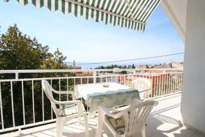 Apartment in Crikvenica with Two-Bedrooms 4, Apartments  Crikvenica - big - 12