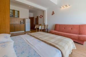Studio Apartment in Crikvenica XIV, Appartamenti  Crikvenica - big - 6