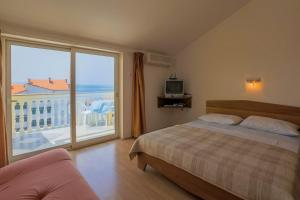 Studio Apartment in Crikvenica XIV, Apartmány  Crikvenica - big - 8