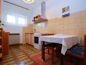 Apartment in Pula/Istrien 17400, Appartamenti  Veruda - big - 8