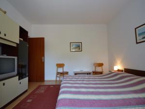 Apartment in Pula/Istrien 17400, Apartmány  Veruda - big - 3