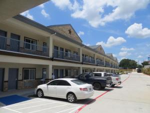 Americas Best Value Inn and Suites, Hotels  Humble - big - 21