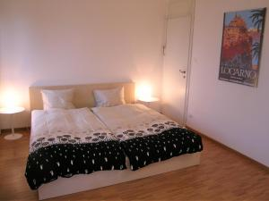 Bellaterra A, Holiday homes  Locarno - big - 3