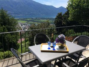 Bellaterra A, Holiday homes  Locarno - big - 1