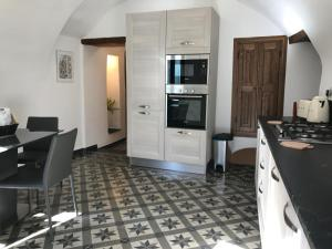 Medieval Townhouse - AbcAlberghi.com