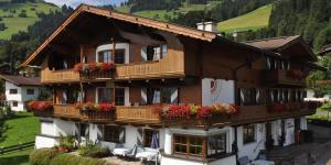 Pension Sonnhof - Accommodation - Brixen im Thale