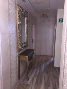 Hostal Lojo, Penziony  Conil de la Frontera - big - 30