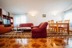 Apartment Solin 13969a