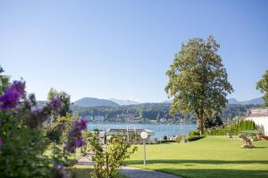 Seehotel Paulitsch, Hotely  Velden am Wörthersee - big - 28