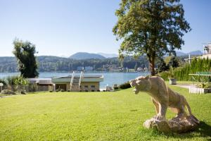Seehotel Paulitsch, Hotely  Velden am Wörthersee - big - 30