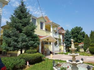 Vila Kraljevski 1, Appartamenti  Kumanovo - big - 38