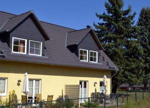 Villen am See - 4-Raum Häuser DHH See- Idyll 2