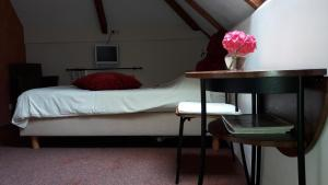 Bed & Breakfast Onder Dak, Bed and Breakfasts  Scharmer - big - 15