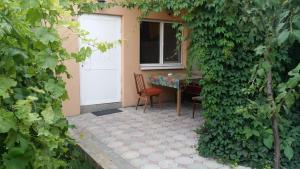 Guesthouse Peschanka, Penzióny  Mariupol' - big - 62