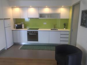 Apartamentos Solmar 15º, Apartmanok  Ponta Delgada - big - 21