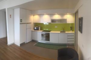 Apartamentos Solmar 15º, Apartmanok  Ponta Delgada - big - 19
